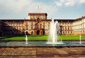 20110701_mannheim_castle.png
